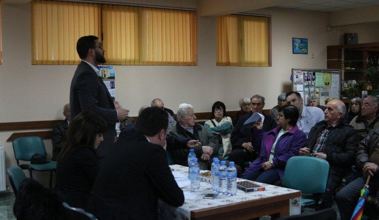 Жители от Скравена се включиха в подписката срещу продажбата на ЧЕЗ