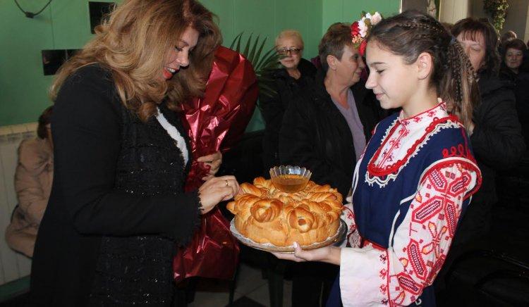 Илияна Йотова: Кристалина Георгиева трябва да отговаря на каква цена и кой й плати да извърши предателството срещу България
